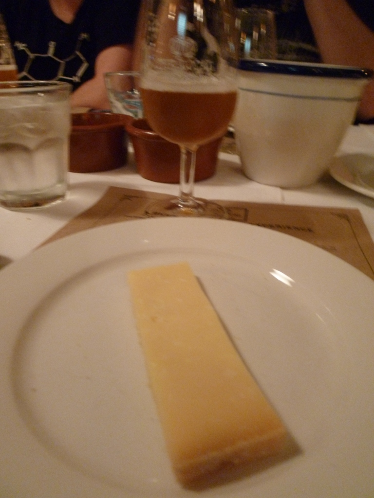 Lagonda IPA and Healey's Pyengana Cheddar