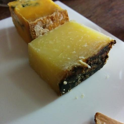 Tuma Persa cheese